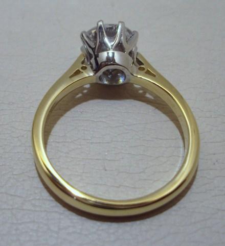 20015c